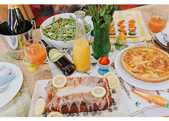 How to Host an Easy Easter Brunch
