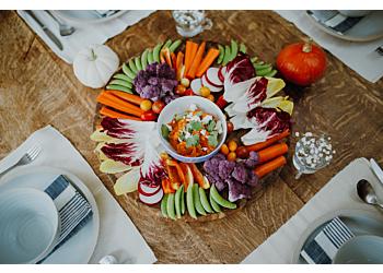 Crudité Platter with Creamy Carrot Dip