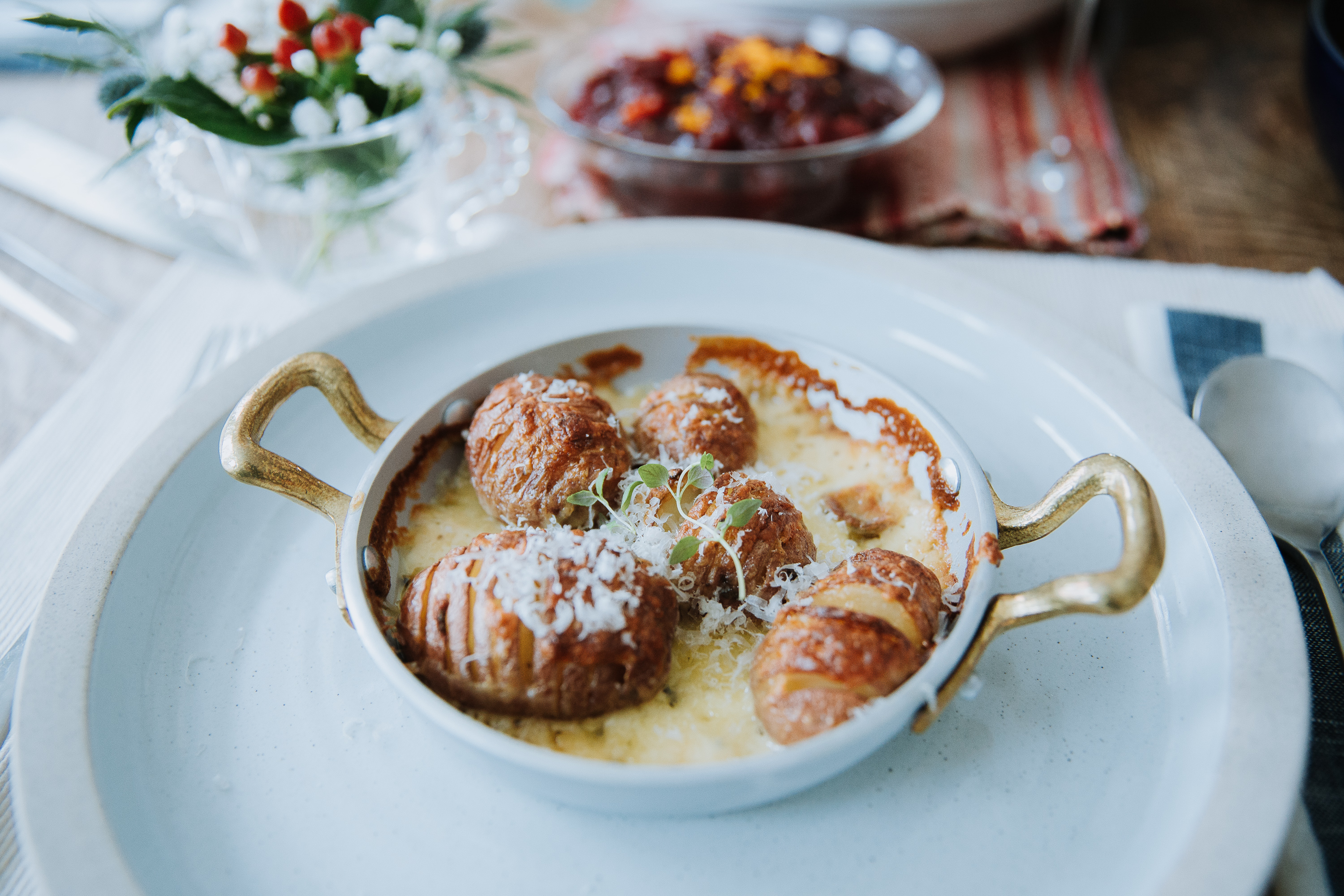 Cheesy Mini Hasselback Potato Au Gratin